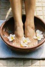 Enrich Salon & Academy, Women's Day, special offer, foot spa, free on billing of Rs.2500, Valid from 1 to 31 March 2013