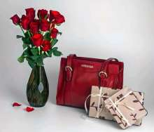 HIDESIGN GIFTS WRAPPED IN LOVE - Introduces gift wrapping on Valentine's Day